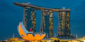 travel ke singapore